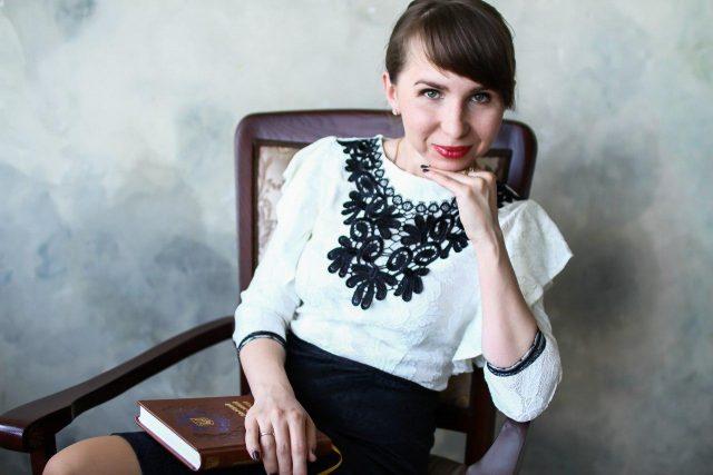 адвокат Виктория Лаврова